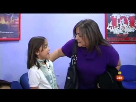 COMANDO ACTUALIDAD: ANGELA ARELLANO: ACTRIZ DE DOBLAJE