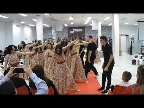 Coreografia Santificação - Elaine Martins (Átrios, Excelência em Adoração)