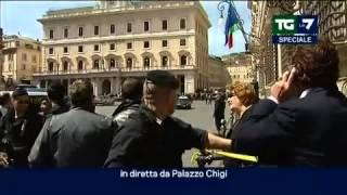 SPARATORIA DAVANTI A PALAZZO CHIGI: FERITI DUE CARABINIERI ED UNA PASSANTE thumbnail