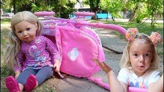 Copilul a cazut din carucior | Anabella o salveaza | Video for kids | Anabella Show