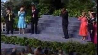 Heritage Singers - Breathe On Me