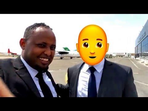 Duqbiloow oo Arin Cajiib ah kala Kulmay Magaalada Mogadishu.