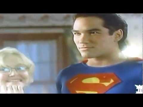 Lois & Clark  TV series (1993)  Ma Kent creates superhero costume for Clark