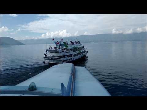 pemandangan-wisata-danau-toba-  -medan-sumatera-utara
