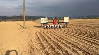 Robotické setí kukuřice u Moravské Huzové - objíždění překážky (duben 2021) (nové)