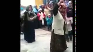 grandma dance   Oma tanz   cilgin nineler  Turkish House Disco PArty