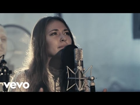 Chris Tomlin - Noel (Live) ft. Lauren Daigle