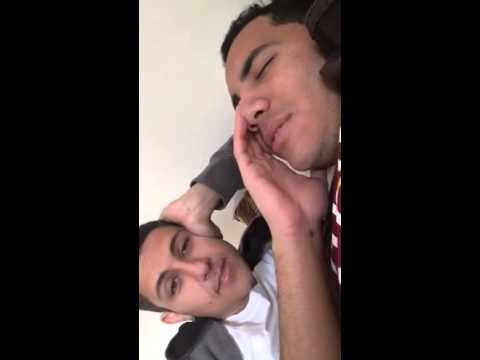 A way to wake up a best friend (arabic version)