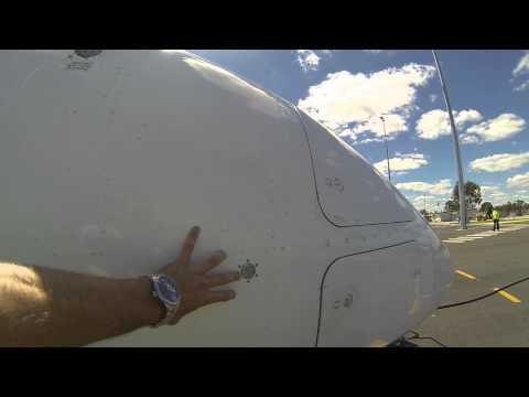 Walk Around The Dash 8 Q300 - QantasLink