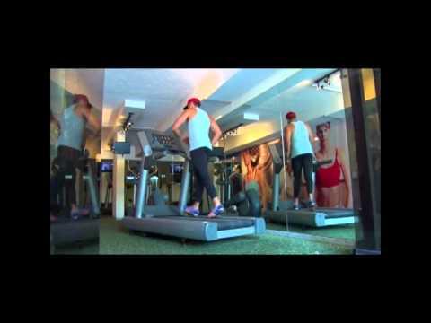 Uptown Funk Treadmill Dance BALTA VS MIKE SALMERON
