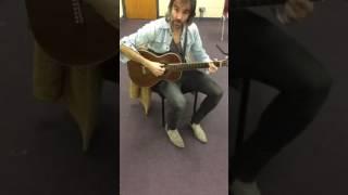 Memphis Tennessee Bass Strumming