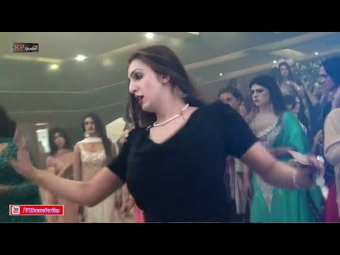 LAILA BRAND NEW PERFORMANCE @ PRIVATE MUJRA PARTY 2016