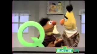 Classic Sesame Street - Ernie, Bert and the Q game