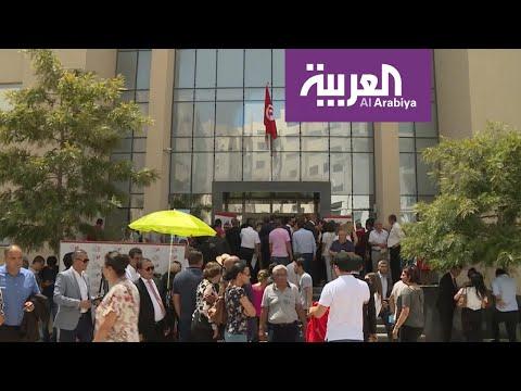 الجدل قانوني ودستوري يحيط وصول القروي لرئاسة تونس  - نشر قبل 59 دقيقة