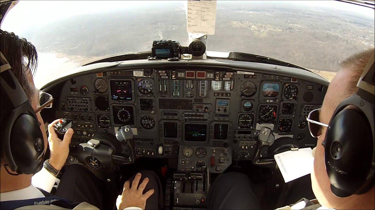 VFR flight in a Citation V jet - cockpit view - YouTube