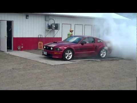 Mustang CS in Burnout Contest at Eagle Valley Speedway