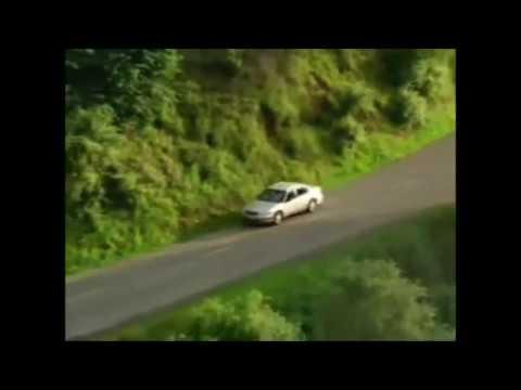 La voiture qui fait peur ( très modifiée )
