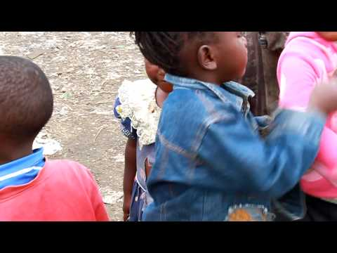 Kenya Garbage Slum (Children)
