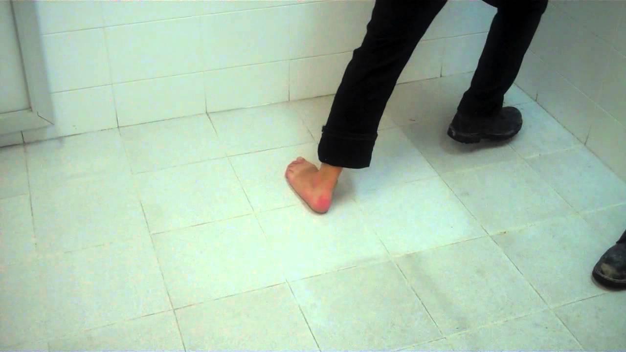 Antiderrapante Mexa aplicado en piso de Loseta Ceramica en
