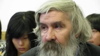 Умер переводчик Божественной комедии Александр Илюшин 2(Переводчик Александр Илюшин скончался в Москве в возрасте 76 лет. Об этом в своем Facebook сообщил филолог Михаи..., 2016-11-21T15:13:50.000Z)