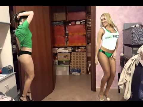 Ragazze Sexy Che Ballano In Camera - Effetto Android