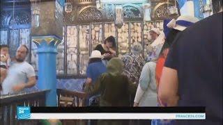 اليهود يتوافدون للحج إلى كنيس الغريبة في جزيرة جربة التونسية