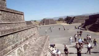Visitando las pirámides de Teotihuacan en Mexico Parte 1