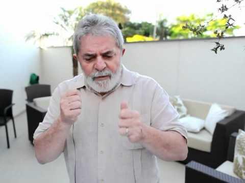 Avant l'annonce de son cancer, Lula remerciait les internautes