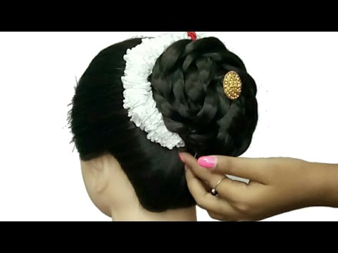long-lasting-gajra-(juda)-hairstyle-with-for-saree-lahenga-gown