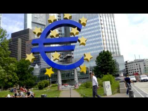 Stroll under the eurotower of Frankfurt june,11th 2015