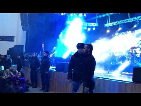 Скандальный концерт группы