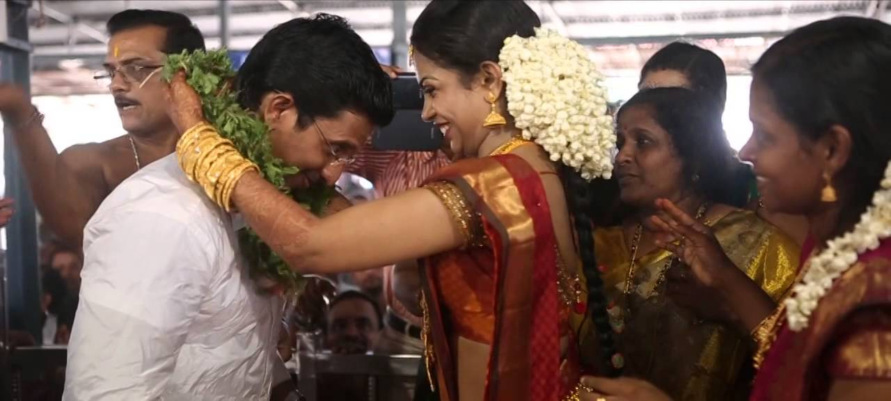 Wedding Cinematography Of Pradeep Renu At Guruvayoor