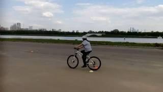 Велошкола. Обучение езде на велосипеде. Ученица Светлана.