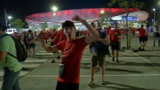 Болельщики Ливерпуля празднуют победу