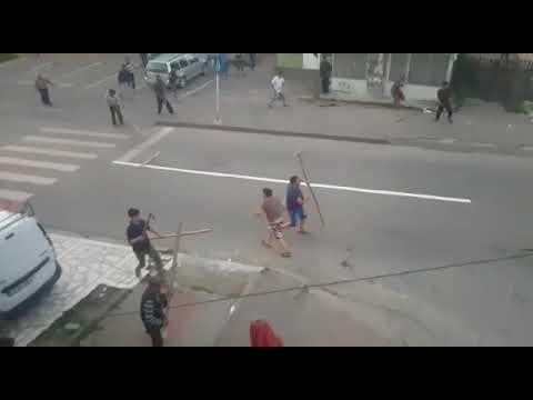 Bataie intre tigani in Targu Neamt 05.07.2018