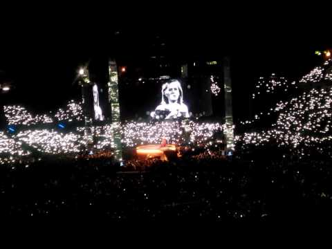 Make You Feel My Love - Adele Live 2017 Auckland