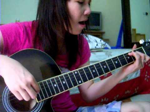 Ha noi mua vang nhung con mua - Hanh guitar