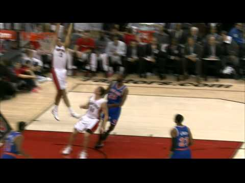Landry Fields Rises High to Throw Down the Oop