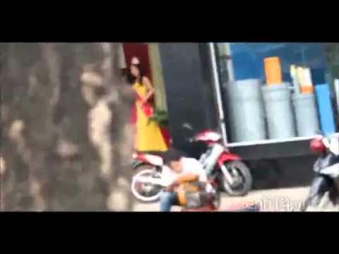 Tân Hoa hậu Việt Nam 2012 Đặng Thu Thảo nổi bần bật giữa phố