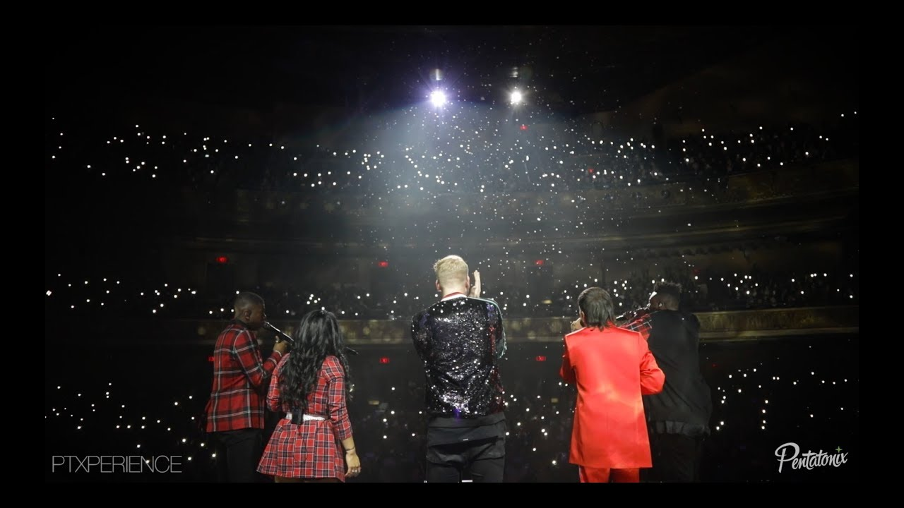 Christmas Is Here.Ptxperience The Christmas Is Here Tour 2018 Episode 14