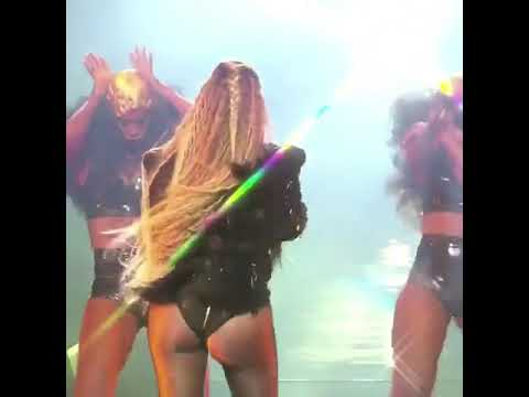 "Beyoncé ""Hold Up"" live Vms 2016"
