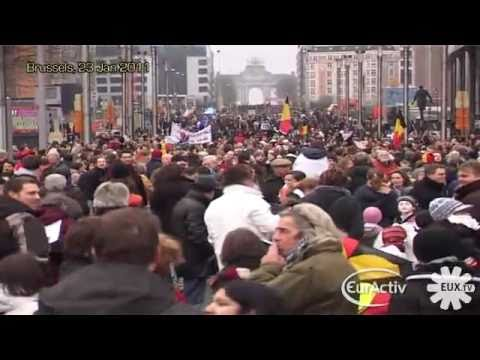 Belgians, ashamed, protest for a new government (raw video)