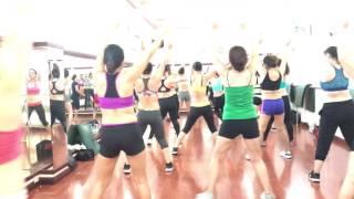 Thể dục thẩm mỹ lớp 7h sáng ( CLB Lyly Q7)