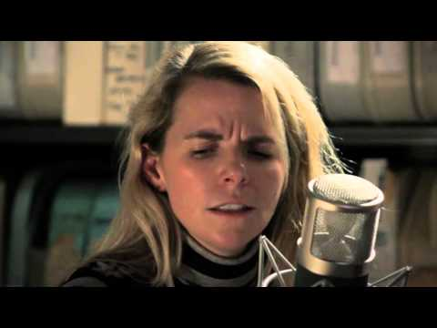 Aoife O'Donovan - Porch Light - 12/17/2015 - Paste Studios, New York, NY