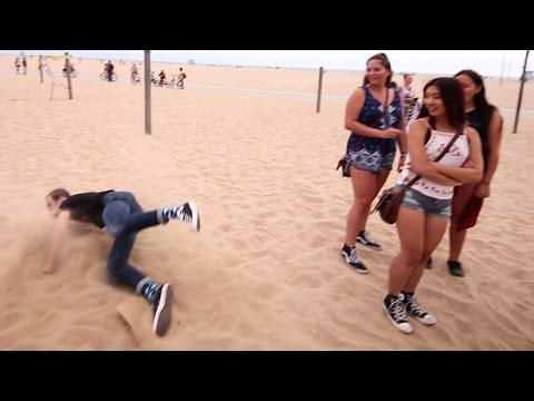 Embarrassing Myself In Front Of Cute Girls | Santa Monica [Day 5]