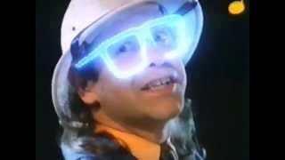 Elton John - Cadbury Chocolate Advertisement (1986)