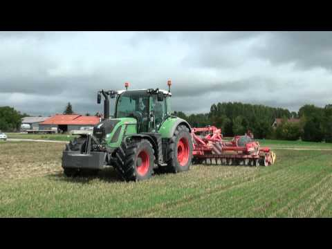 New Fendt Vario 724 at work