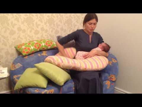 Как кормить ребенка с подушкой для беременных