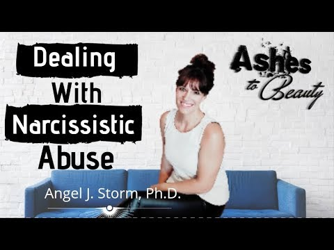 9 Traits Of A Narcissist   How To Deal With Narcissistic Abuse