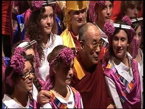 Dalai Lama presentation to Smith's Hill High School 2007